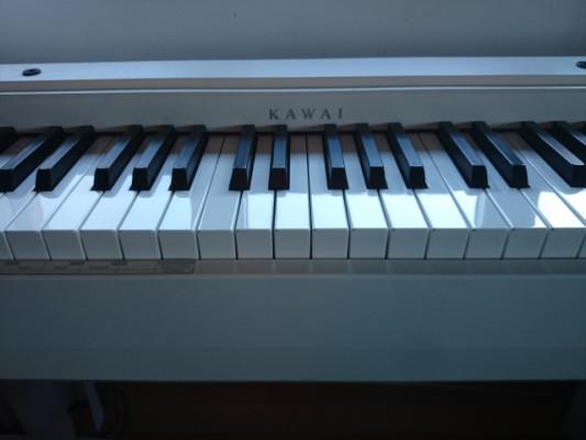 Piano Kawai CL 26 W