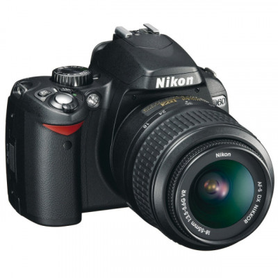 Camara Nikon D60 + bolsa de viaje