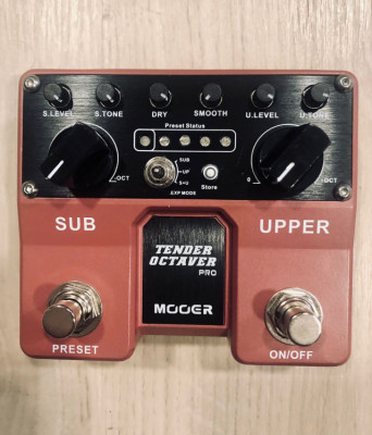 Pedal MOOER Pitch Tender Octaver PRO
