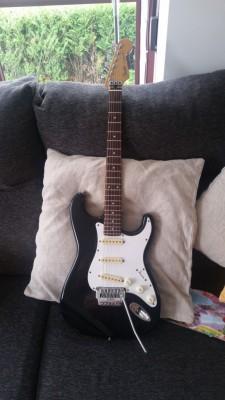 Fender strato E series MIJ 86