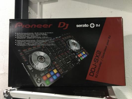Pioneer DDJ SX2 + Case + Decksaver