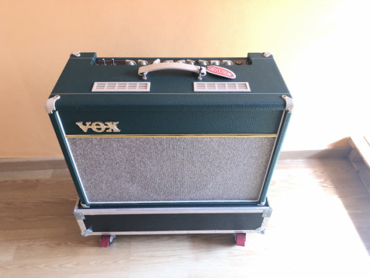 VOX AC15C1 British Racing Green con Flightcase