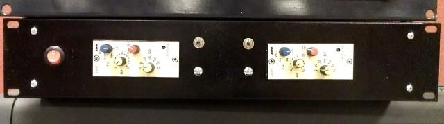 2 Und de ANT/Telefunken V676D enrackados
