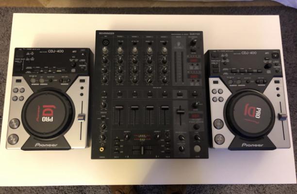 Reproductores Pioneer CDJ 400  + Mixer Berhinger DJX750