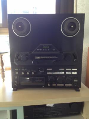 Magnetófono TEAC X-2000R