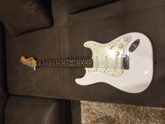 Squier by Fender special Edition 2003 alpine white