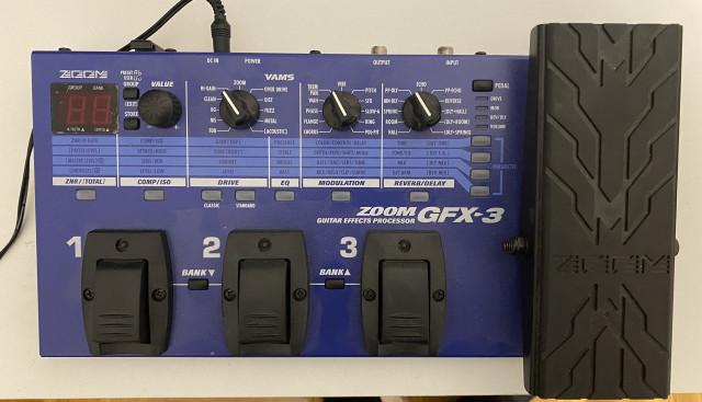 Pedalera Zoom GFX-3