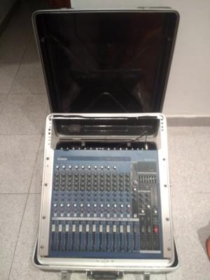Mesa de mezclas yamaha MG16-6FX