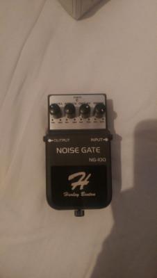 Noise Gate HB y Delay Behringer
