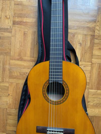 Guitarra Yamaha clásica CGS103A 3/4 y funda