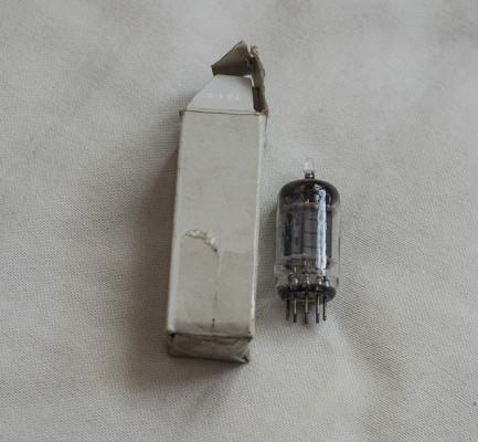 Valvula VALVO ECC83 DE 1962
