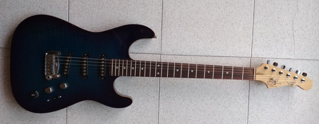 Guitarra USA G&L S-500 Deluxe