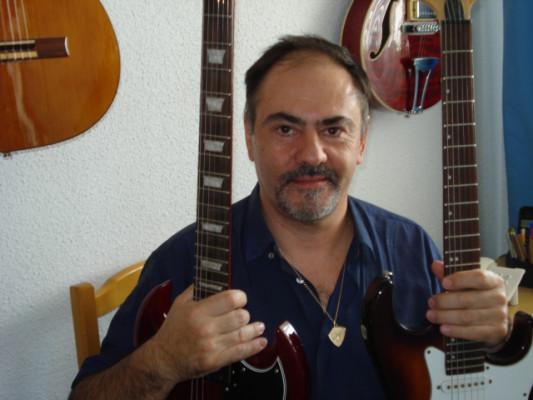 Clases de guitarra presenciales, también On Line