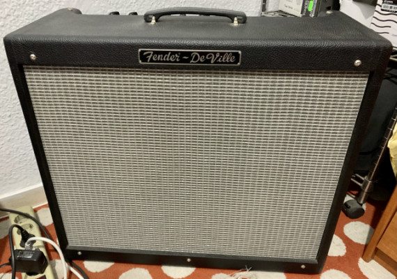 Fender Hot Rod Deville 212