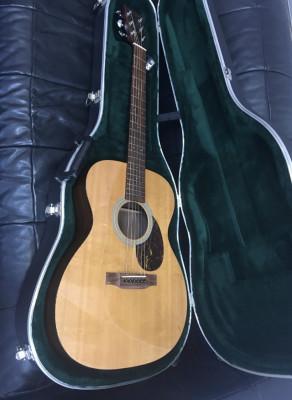 Guitarra Martin OM 21