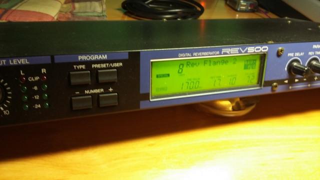 Procesador Reverb Yamaha REV-500