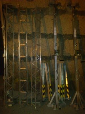 patas elevadoras Work LW 135 y truss Mobil-tech