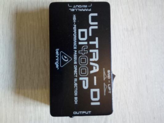 Caja de inyección Behringer Ultra-DI DI400P
