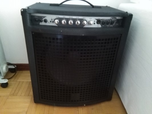 Yorkville BassMaster Series XM200C 200W 1X15 Bass Combo