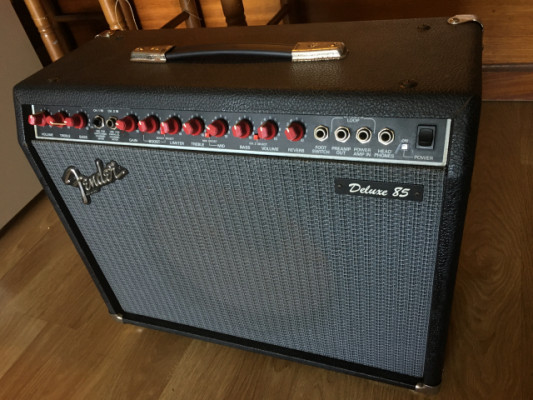 Fender Deluxe 85 solid state made in usa