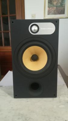 Altavoces B&W 685. perfectos para monitoreo en estudio. incluye la etapa.