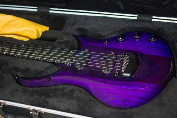 Music Man Majesty Monarchy Purple (RESERVADA)