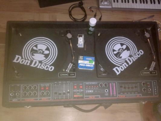 mesa antigua de dj