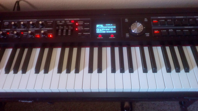 Roland RD700 GX, Stage Piano