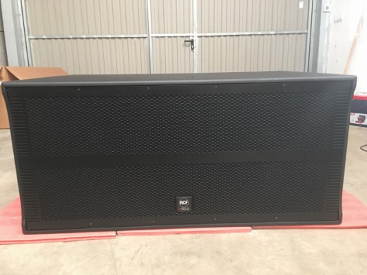 Subwoofer Rcf Vmax V218 3000 W Rms