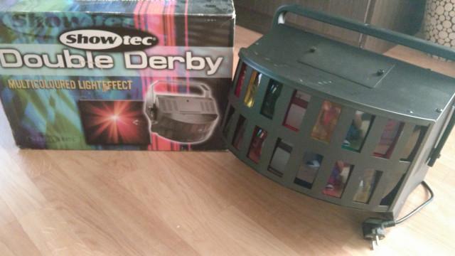 Maquina de efectos y luces para fiestas Showtec Double Derby