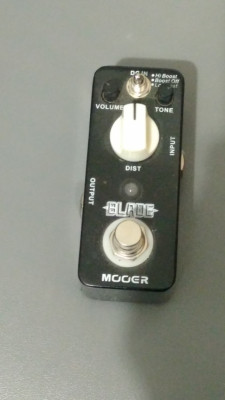 Mooer Blade Distortion