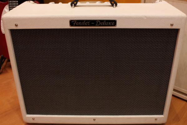 Fender Hot Rod Deluxe White Lighting