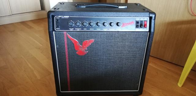 Kitty Hawk series 2000 junior amplificador
