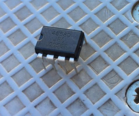 15 chips JCR4558D