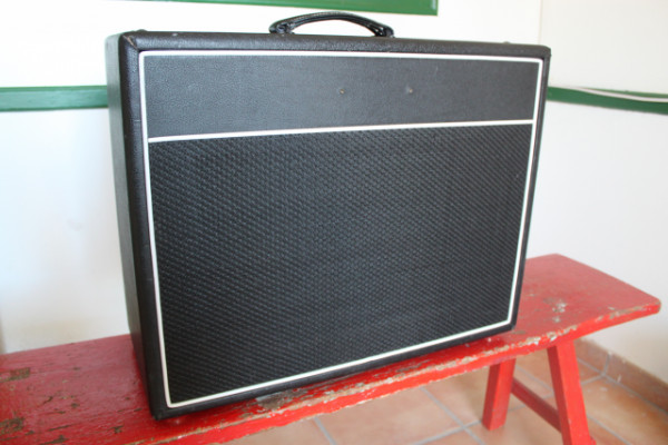 Amplificador Combo VHT Lead 20