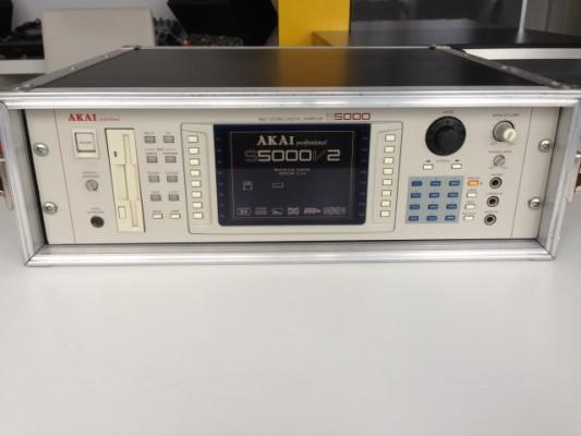 Akai S5000 con Tarjeta USB