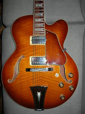 Ibanez Artcore AF86 de caja muy mejorada jazz archtop Gibson 57+ y Super 58