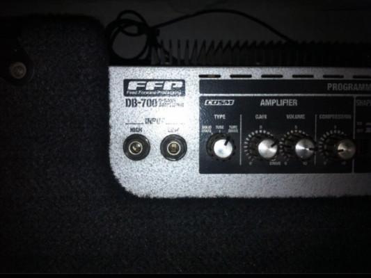 Amplificador bajo Roland BD-700