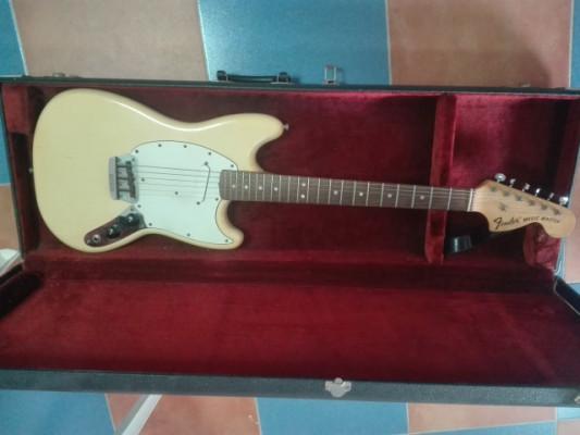 Fender Musicmaster del año 1975 (tambien se cambia por ampli)