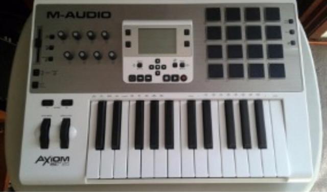 M audio axiom air 25 nuevo por tarjeta audio
