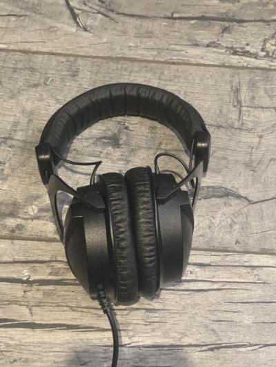 Auriculares de estudio Beyerdynamic 80ohm