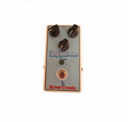 Pedal guitarra eléctrica Deep Blue Delay MAD PROFESSOR Clone