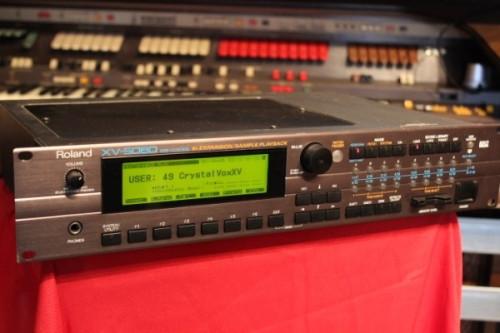 Roland XV 5080 + extra Ram + Smartmedia (VENDIDO)