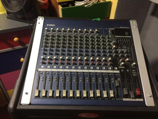 Mesa 16 canales Yamaha
