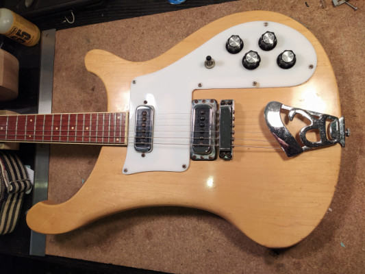 1975 Rickenbacker 480 Mapleglo