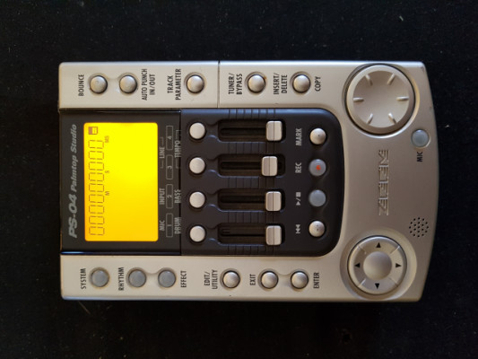 Zoom ps-04 Estudio de grabación portatil, caja de ritmos.
