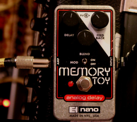 Electro Harmonix Analog Delay