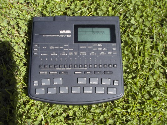 RY 10 Secuenciador programador ritmico Yamaha