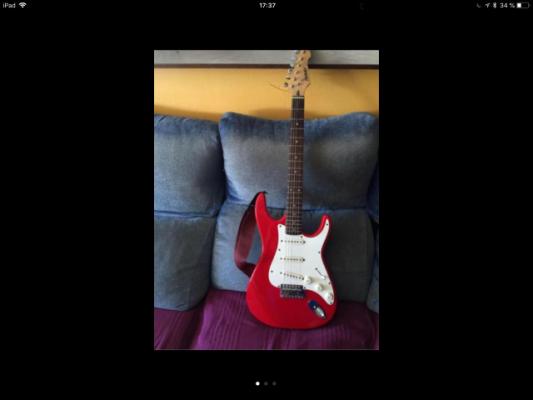 St Peavey guitarra muy poco uso