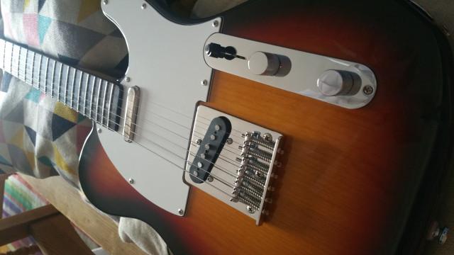 Tokai Ate 38/44  Pastillas GFS + Funda Fender